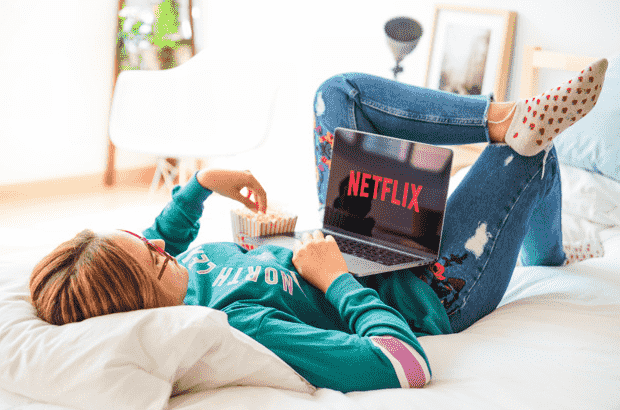 Best Laptops for Streaming Movies in 2021 – [Opinion & Guide]