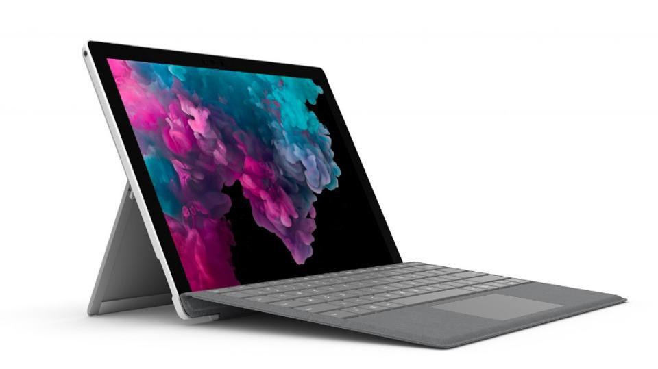15 Best Fanless Laptops in 2020 – (For Effective Heat Dissipation)